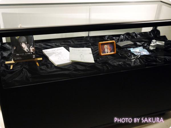 サイコパス×タワーレコード渋谷店 特別展示『GINNOCENT WORLD―宜野座伸元の世界―』 小物展示全体