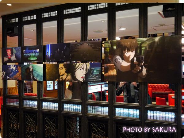 新宿ルミネエスト8F『PSYCHO-PASS LOUNGE(サイコパスラウンジ)』外側 場面カット1