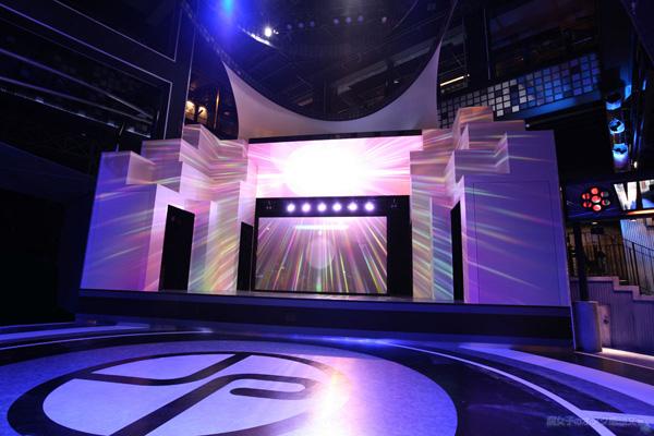 東京ジョイポリス限定『進撃の巨人 Attack on Titan in JOYPOLIS スペシャルショー』1st Floor メインステージ