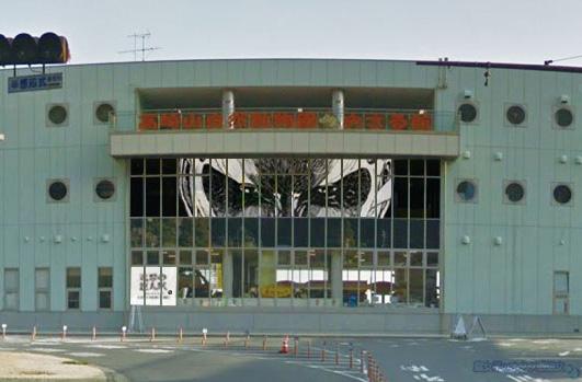 「進撃の巨人展 WALL OITA」 おさる館、巨人ビジュアルに陥落