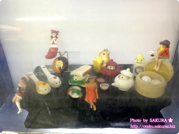 JR池袋南口改札前「ガチャピクニック」 一部展示