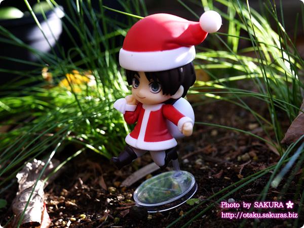 ねんどろいどぷち(ねんぷち)エレン 庭の植え込みで小人感