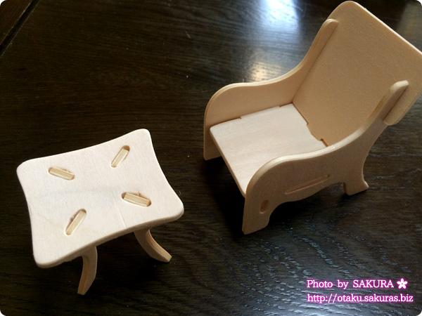 Can☆Do(キャンドゥ)のウッドクラフト イス2脚とテーブル イス1脚完成