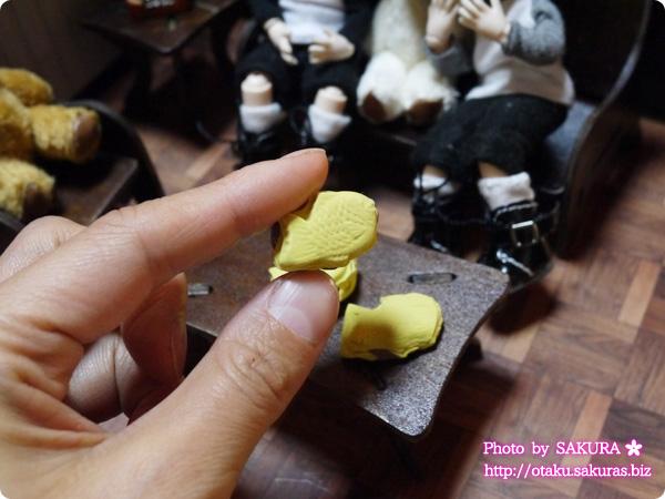 横浜DECOクレイクラフト craco作 ドール用タイ焼きセット(試作品) 手で持ったサイズ感