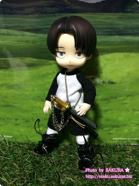 Dollウィッグと洋服のお店---DOLLCE---ドルチェのラグラン袖Tシャツ黒×白をオビツ11に着せてみた