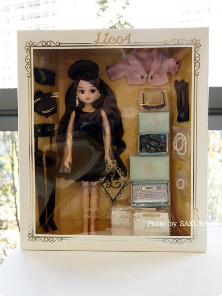 タカラトミー 大人向けリカちゃん 第3弾 リカ スタイリッシュドールコレクション 「ブラックショコラドレス スタイル」 パッケージ全体
