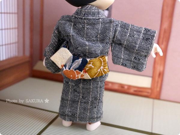 オビツろいどリヴァイ 伊達襟つきのオビツ11手作り浴衣 帯の後ろ
