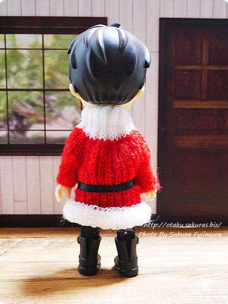 東急ハンズ サンタのニットセーターのクリスマスオーナメント オビツ11着用画像 その2