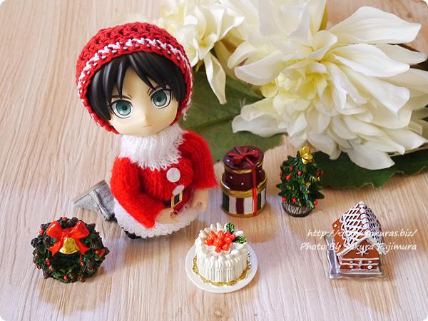 100円ショップキャンドゥのクリスマス用ミニオーナメント オビツロイド(オビツ11)サイズ比較 その1