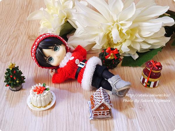 100円ショップキャンドゥのクリスマス用ミニオーナメント オビツロイド(オビツ11)サイズ比較 その3
