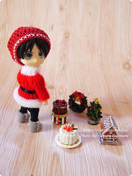 100円ショップキャンドゥのクリスマス用ミニオーナメント オビツロイド(オビツ11)サイズ比較 その2