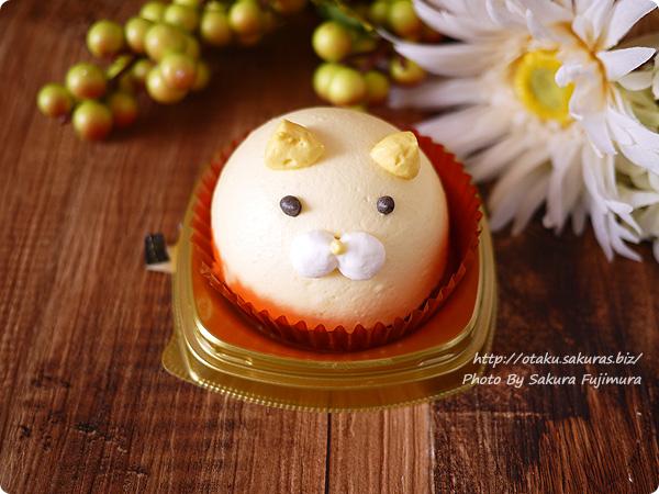 セブンイレブン・ねこちゃんマンゴーのムースケーキ ケーキ本体アップ