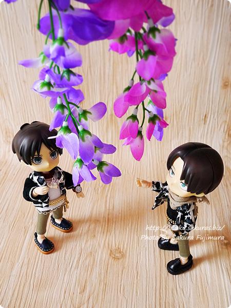 100円ショップ・ダイソーで買った藤の花の造花 2種類 オビツろいど・ねんどろいど・フィギュア・ドール撮影の撮影小道具 その2