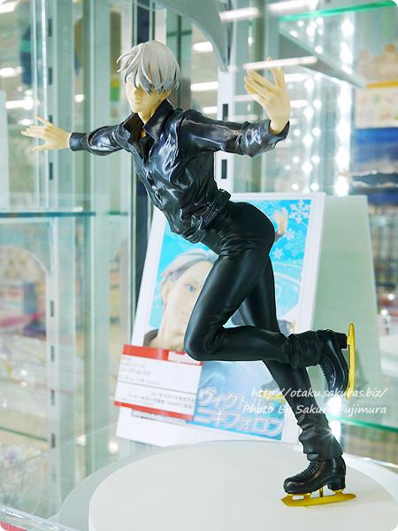 メガハウスG.E.M. ユーリ!!! on ICE ヴィクトル・ニキフォロフ アニメイト池袋本店 展示 全体その2