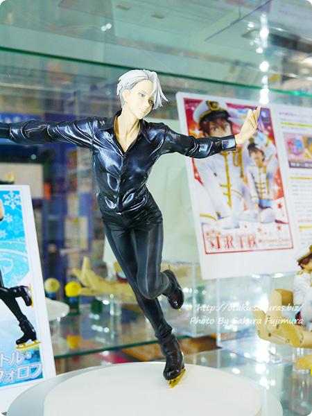 メガハウスG.E.M. ユーリ!!! on ICE ヴィクトル・ニキフォロフ アニメイト池袋本店 展示 全体その3
