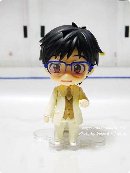 ユーリ!!! on ICE「ねんどろいど勝生勇利」ねんどろいどもあ きせかえウェディングタキシードタイプ(セイクリッドホワイト)照れ顏+眼鏡