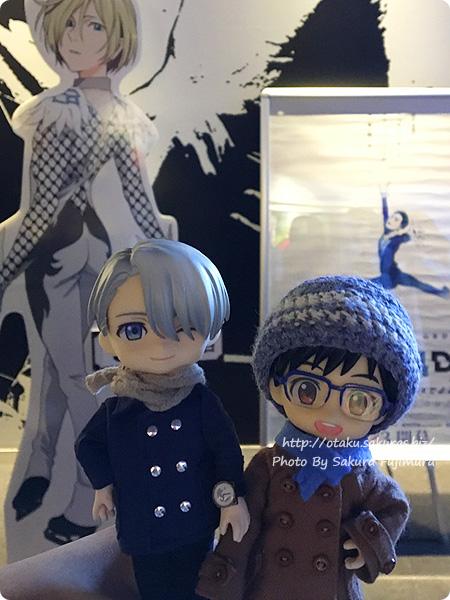 アニメ「ユーリ!!! on ICE」4DX  ユリオのスタンディパネルの前にて