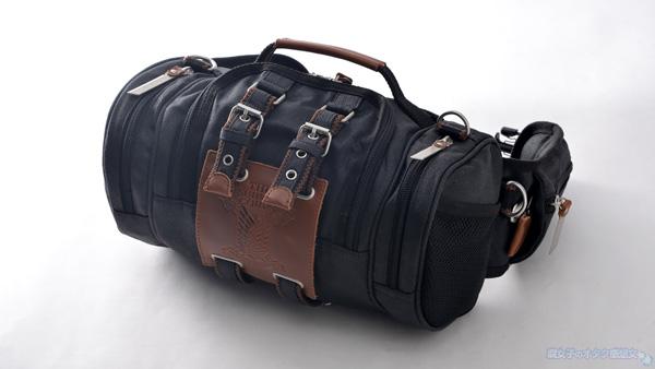 【進撃の巨人×TokyoOtakuMode】立体機動装置型ウエストバッグ「立体機動ポーチ4wayバッグ進撃の巨人モデル」 黒 全体