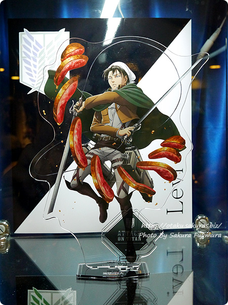 アニメイトカフェ×進撃の巨人 Season3コラボカフェ 超大型アクリルスタンドフィギュア リヴァイ