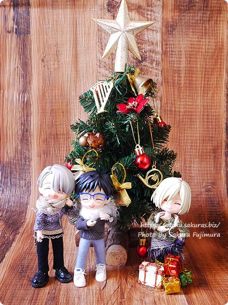 クリスマスツリーとYOIオビツろいど
