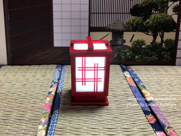 シャイング「LED行灯」ガチャガチャ 井桁/赤(点灯後)