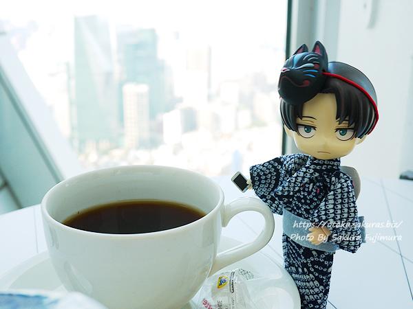 進撃の巨人展FINALコラボカフェ「リーブス商会カフェ in Cafe THE SUN」リヴァイと紅茶のデザート ~ひとつ残らず、全部食え~ 紅茶もおいしい