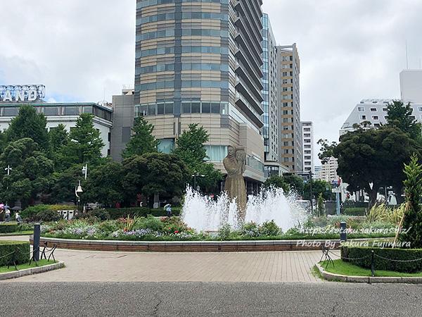 山下公園 中央広場