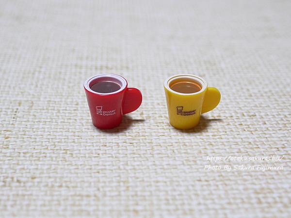 「リカちゃん ミスタードーナツショップ こもの ドーナツセット」ブレンドコーヒーとカフェオレのミニチュア